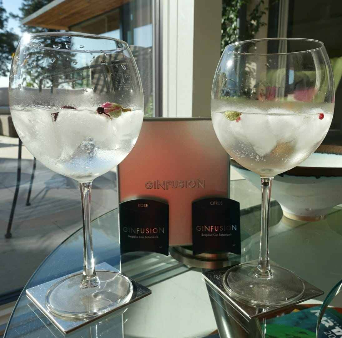 The same gin but different flavours from the Ginfusion garnish!