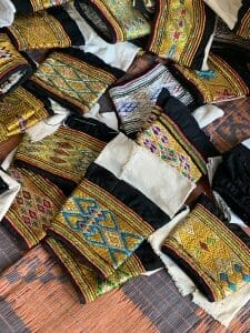 Embroidery at the Ibra women's market