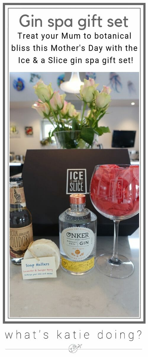 Treat your Mum to botanical bliss with the Ice and a Slice gin spa gift set this Mother's Day!