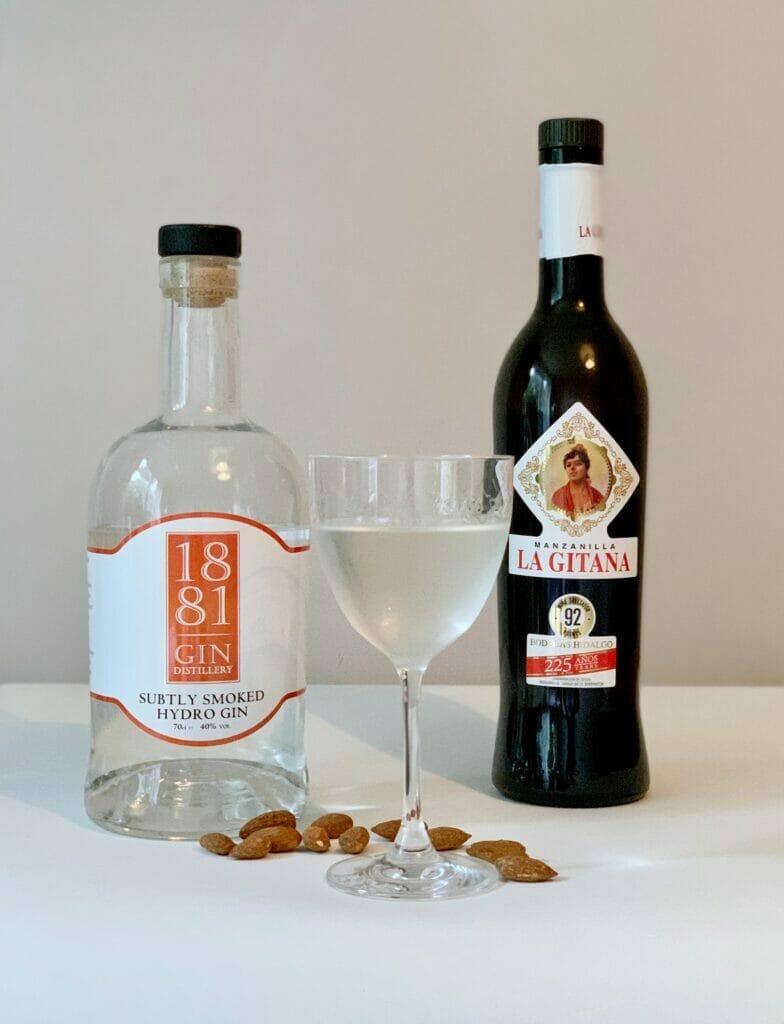 1881 Subtly Smoked martini with smoked almonds